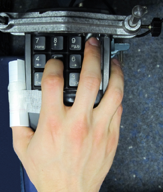 Figure 1 for Decoding index finger position from EEG using random forests
