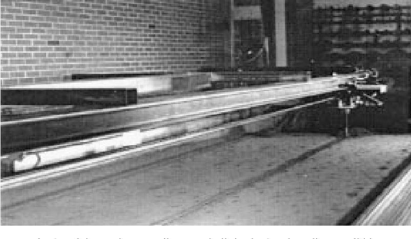 Fig. 3. High speed monorail system built in the 9-m long linear soil bin.